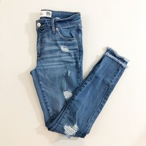 Abercrombie & Fitch Ankle Skinny Jeans Raw Frayed